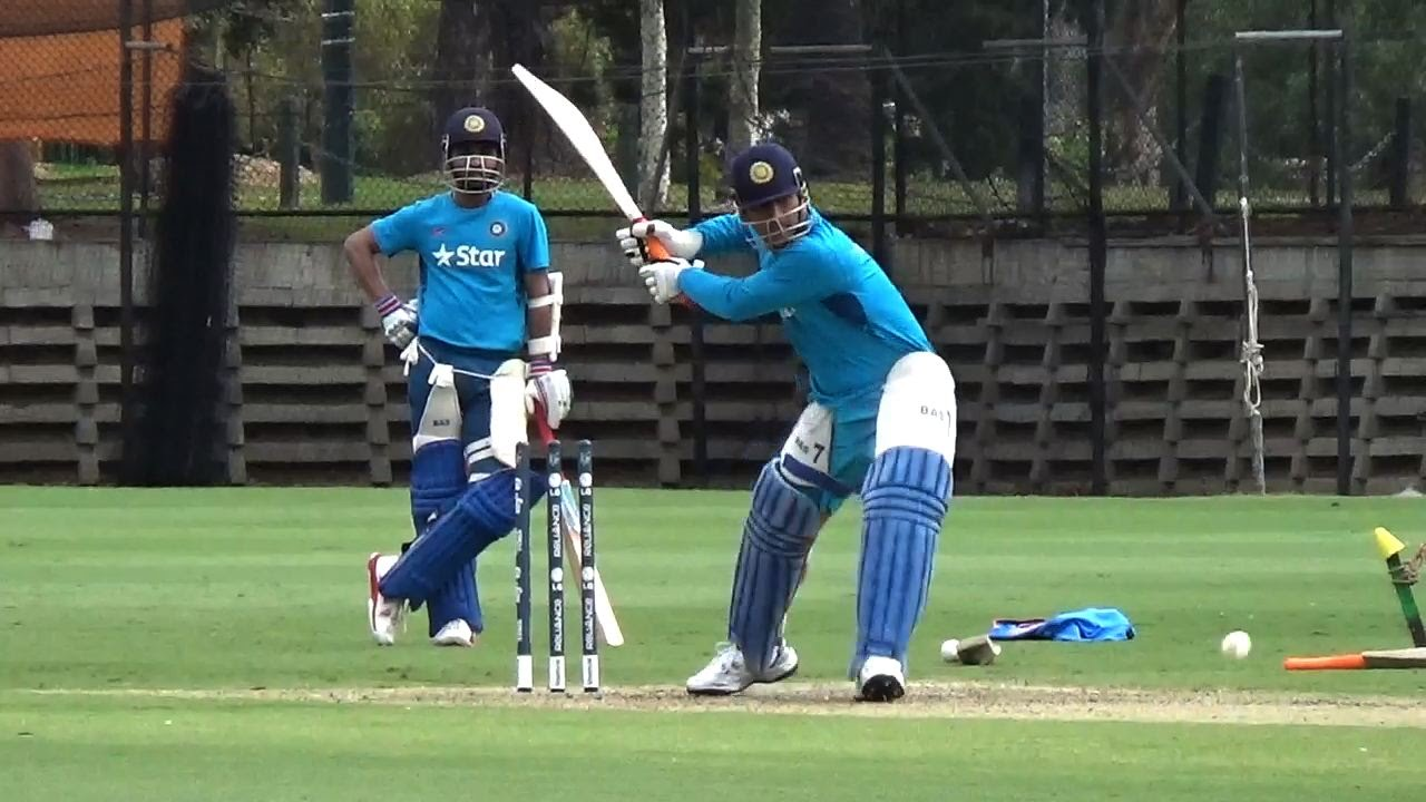 Dhoni Will Bat Up the Order against Proteas in One Day Internationals